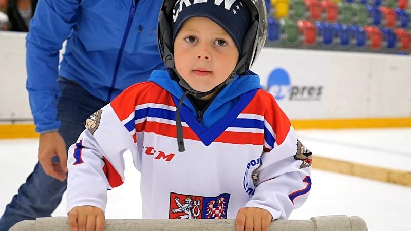 V Turnově díky akcím Pojď hrát hokej plní mládežnické týmy