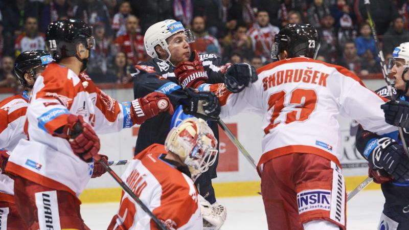 Plzeň zabrala a srovnala krok s Olomoucí. Hanáky srazil Gulaš