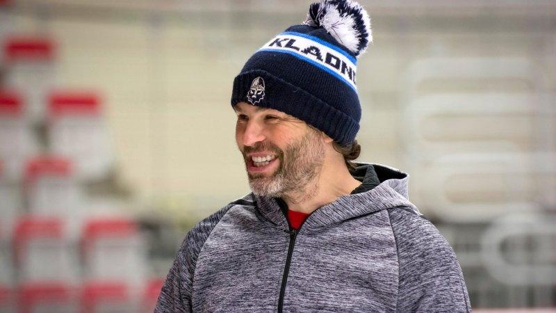 Skončit? To by bylo moc jednoduché, říká Jágr. Proč má těžší roli než v NHL?