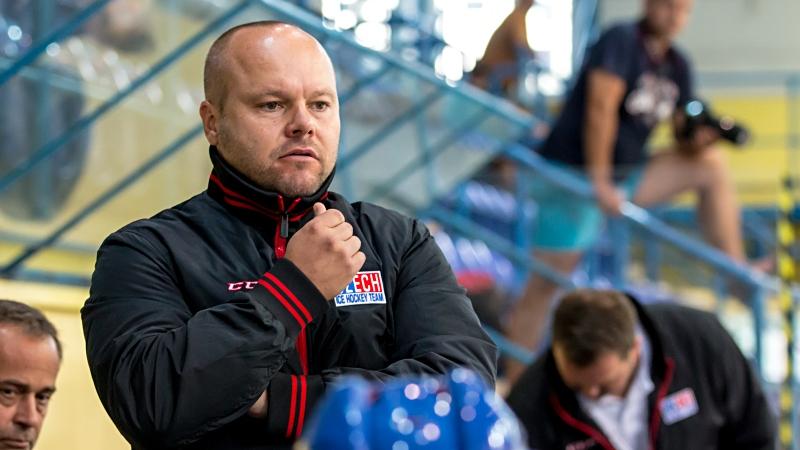 Trenér juniorek Zuziak: Potřebujeme střelbu a důraz, musíme to umlátit!