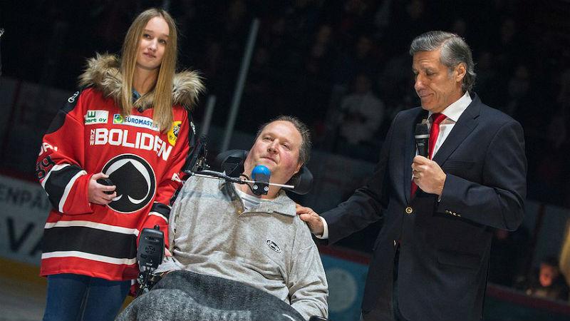 Jubileum hokejového bojovníka. Ochrnutý Otevřel oslavil padesátiny