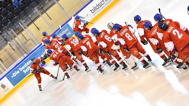 Svozil, Menšík a další. Sedmnáctka zná nominaci na World Hockey Challenge