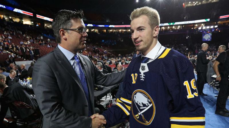 Rousek si splnil sen, v NHL patří Buffalu. Bude hrát příští sezonu za Spartu?