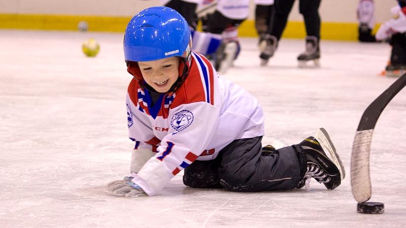 5fd2abb39 Šestý Týden hokeje se blíží: Od 21. ledna v rekordních 149 klubech! Foto: Pojď  hrát hokej