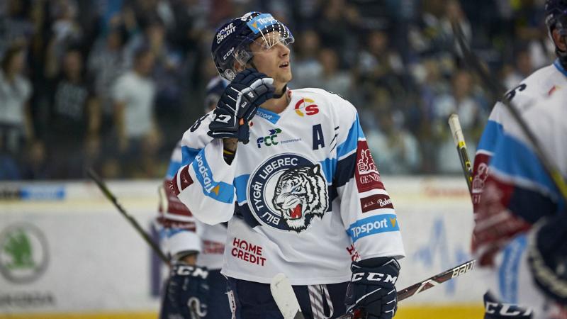 Bulíř si vystřílel KHL! Liberecký útočník míří za Jandačem do Magnitogorsku