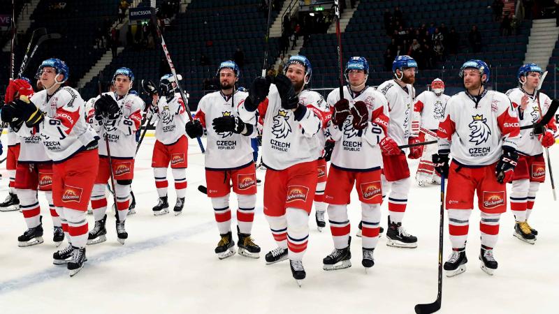 Bulíř, Řepík, Sekáč i nováček Langhamer. Říha před MS začne s 15 hráči KHL