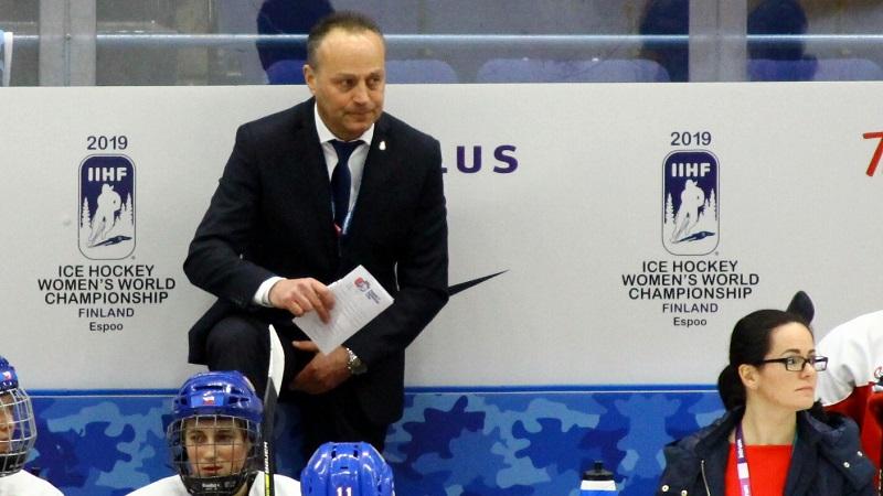 Hokejistky čeká start ve Finsku. Chceme vyzkoušet všechny, tvrdí Novák