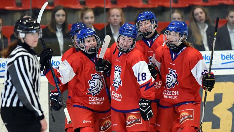 Perfektní start! Mladé Češky rozstřílely Maďarsko sedmi góly
