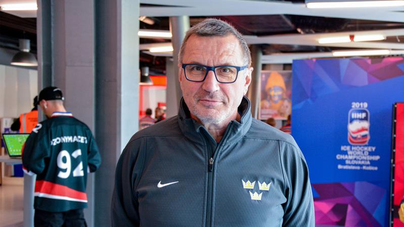 Kratochvíl pomáhá Švédům: Lundqvista znám od juniorů, mladí mají svůj svět